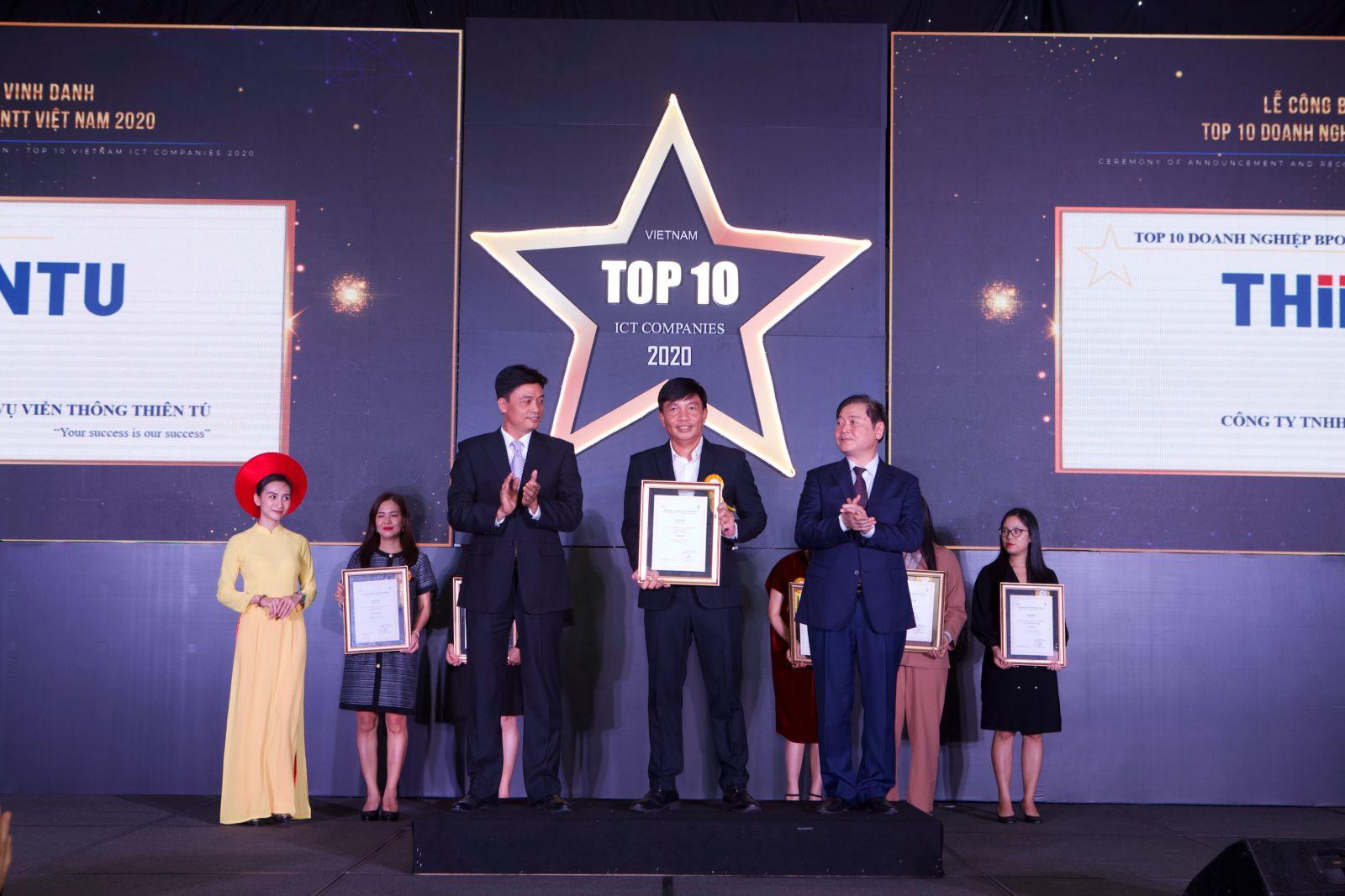 Thiên Tú với giải thưởng top 10 BPO